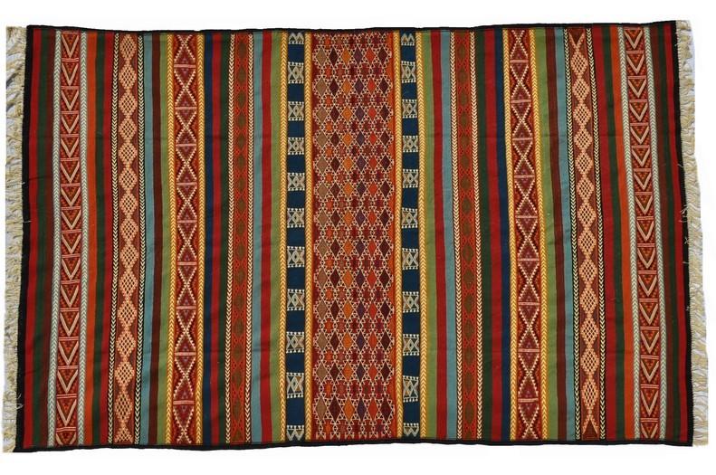tapis vendus tapis kilims et mergoums vendus par sajada. Black Bedroom Furniture Sets. Home Design Ideas