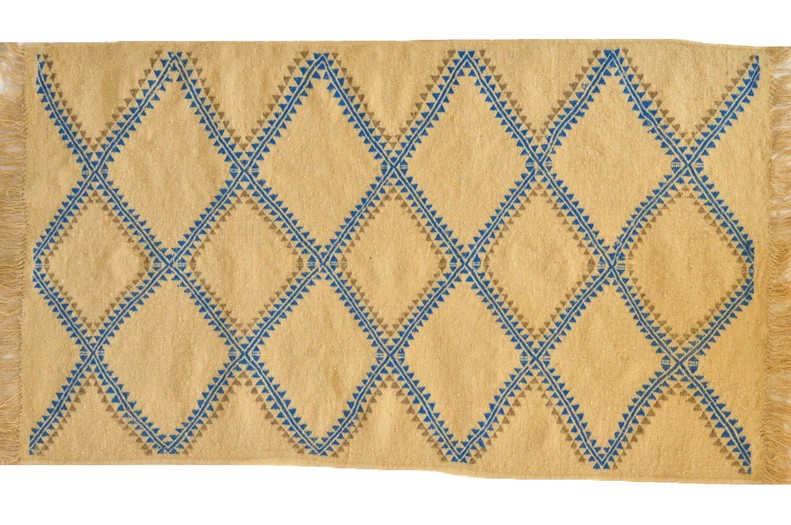 tapis vendus tapis kilims et mergoums vendus par sajada tapis khala. Black Bedroom Furniture Sets. Home Design Ideas