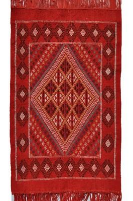 tapis vendus tapis kilims et mergoums vendus par sajada tapis kairouan. Black Bedroom Furniture Sets. Home Design Ideas