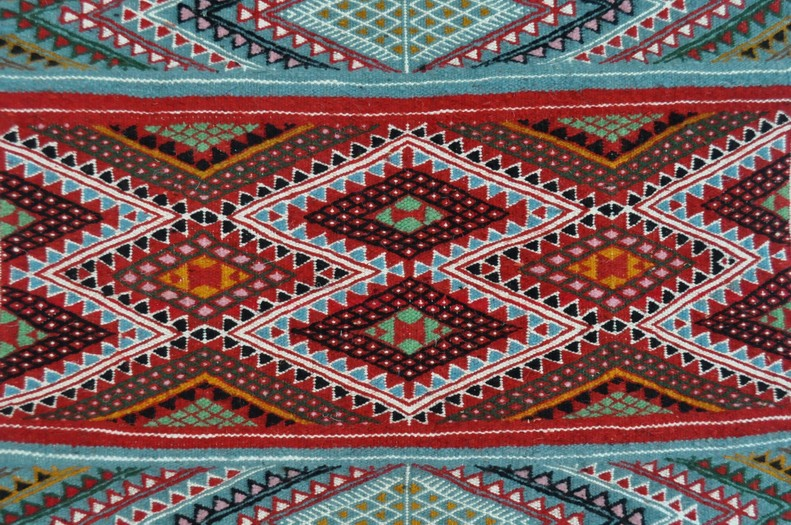 petits tapis tapis faits main de tunisie et du maroc kilims et mergoums tapis tapis birssa. Black Bedroom Furniture Sets. Home Design Ideas