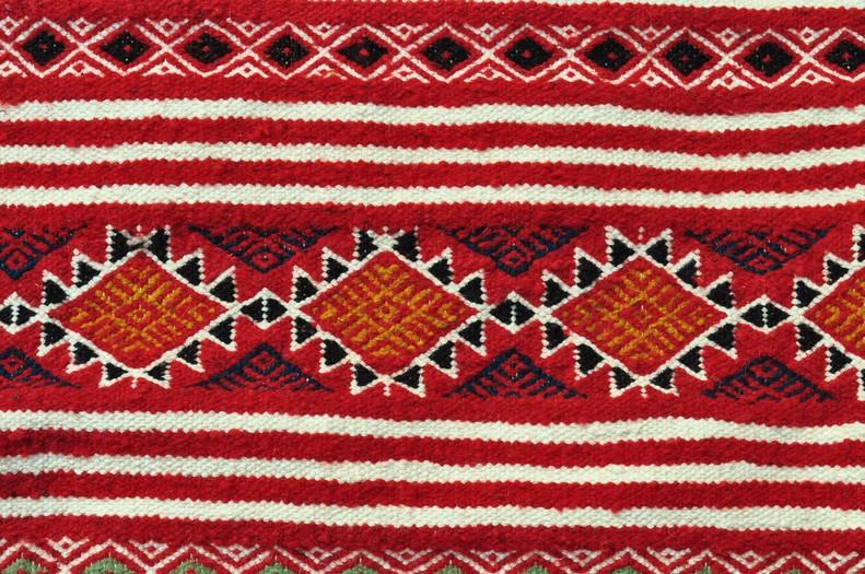 tapis moyens tapis tunisiens et marocains en laine tapis tapis driba. Black Bedroom Furniture Sets. Home Design Ideas