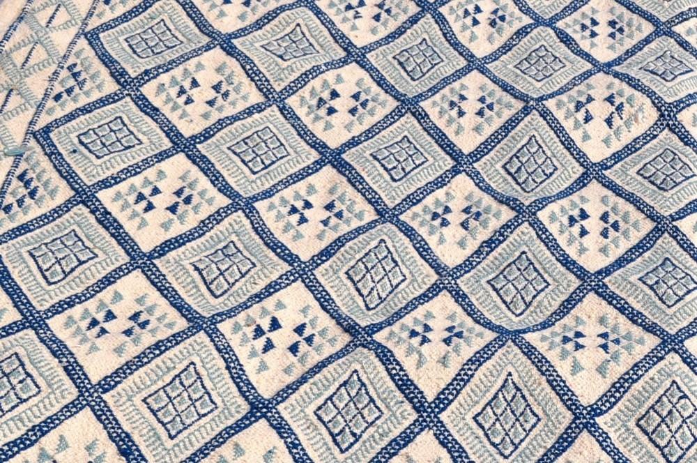 grands tapis tapis kilims et mergoums de tunisie et maroc 200 x 300 cm tapis tapis thyna. Black Bedroom Furniture Sets. Home Design Ideas